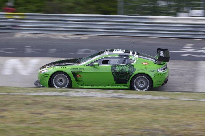 V12 Vantage Racer