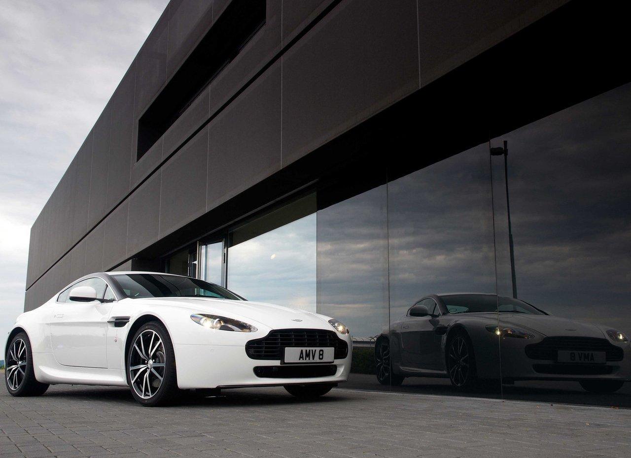 Aston Martin V8 Vantage N420 (3)