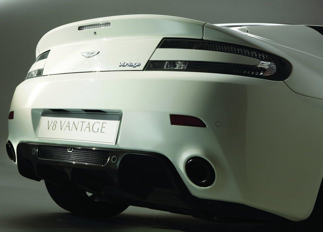 Aston Martin V8 Vantage N420 (6)
