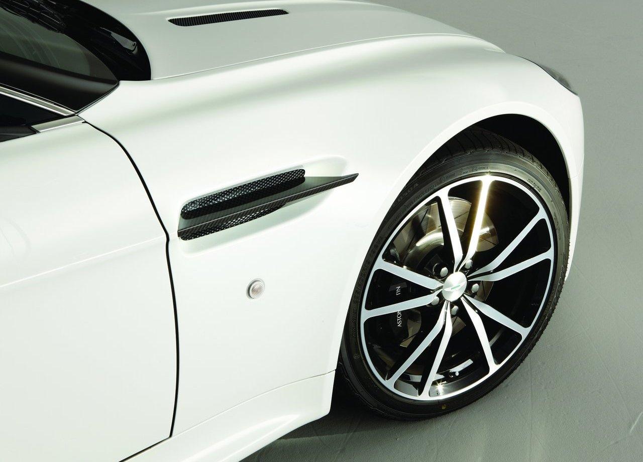 Aston Martin V8 Vantage N420 (9)