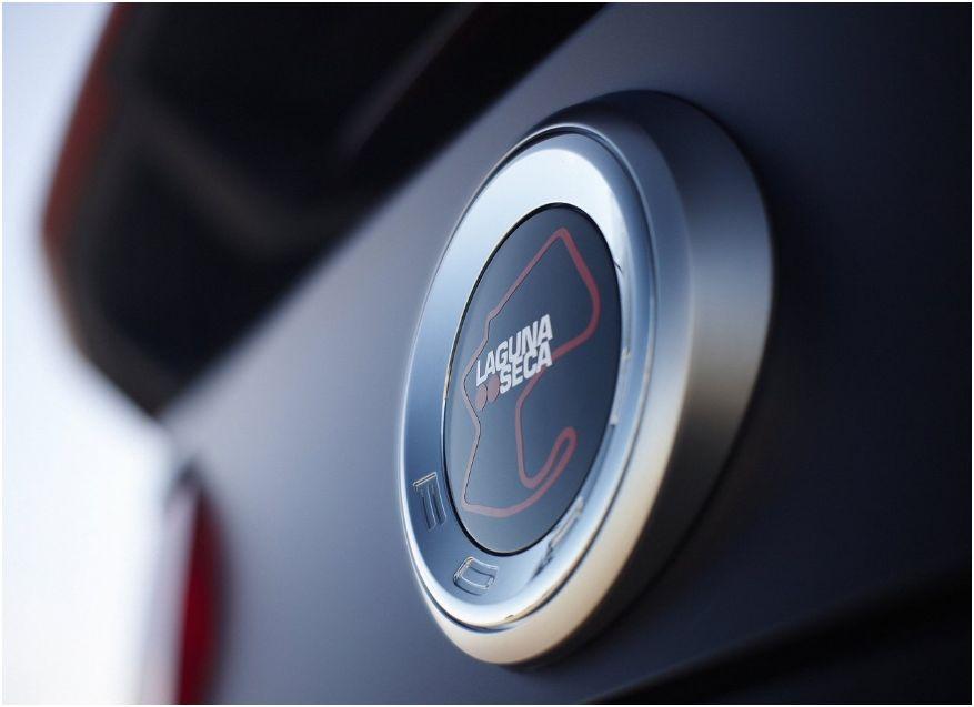 Ford Mustang Boss 302 Laguna Seca 11