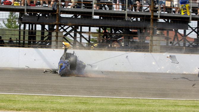 Indy Crash 11