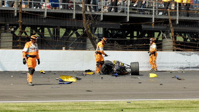 Indy Crash 15