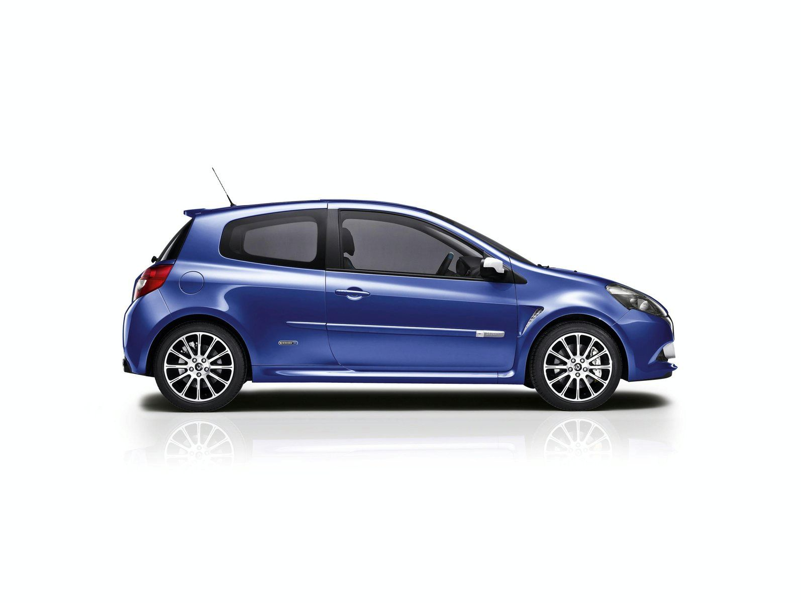 newmotoring new renault clio gordini 200 newmotoring. Black Bedroom Furniture Sets. Home Design Ideas