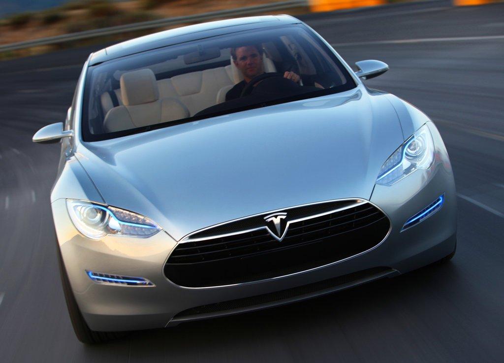 Tesla Model S 6