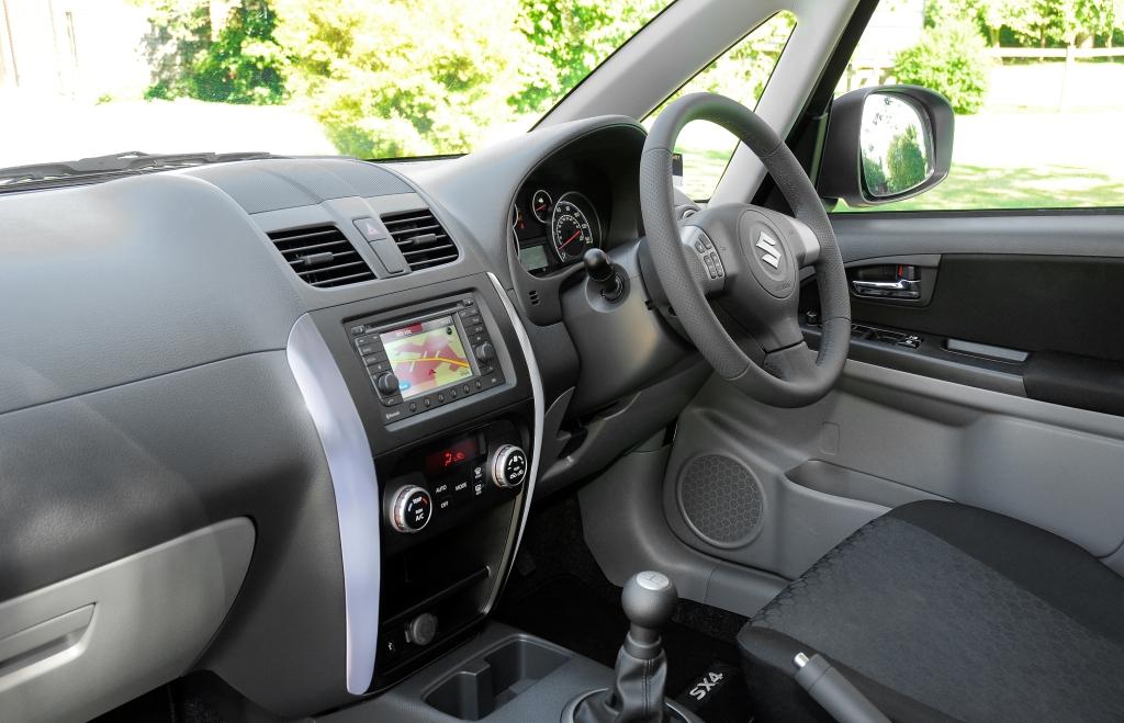 Suzuki SX4 X-EC 6