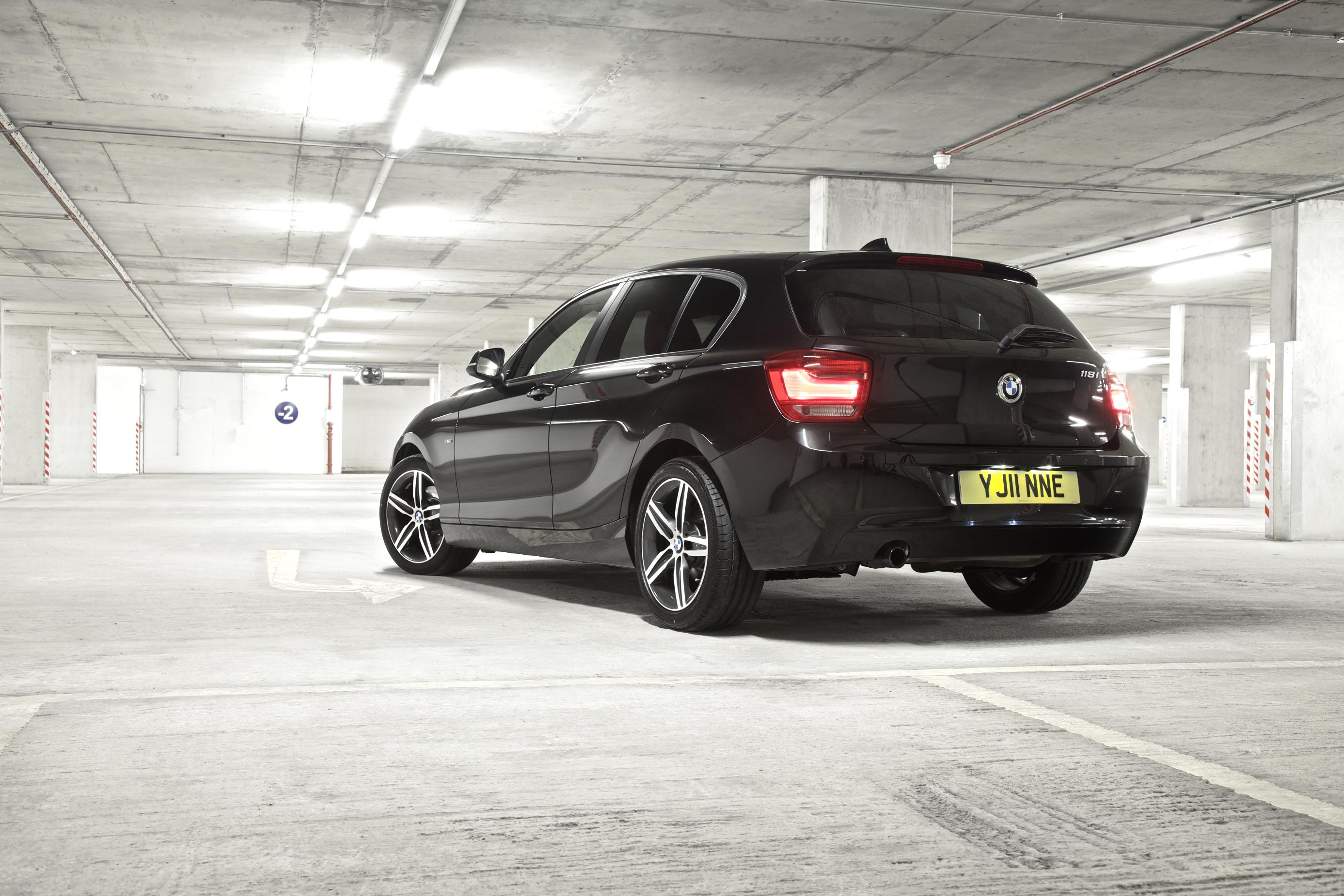 BMW 1 Series (2011) 2