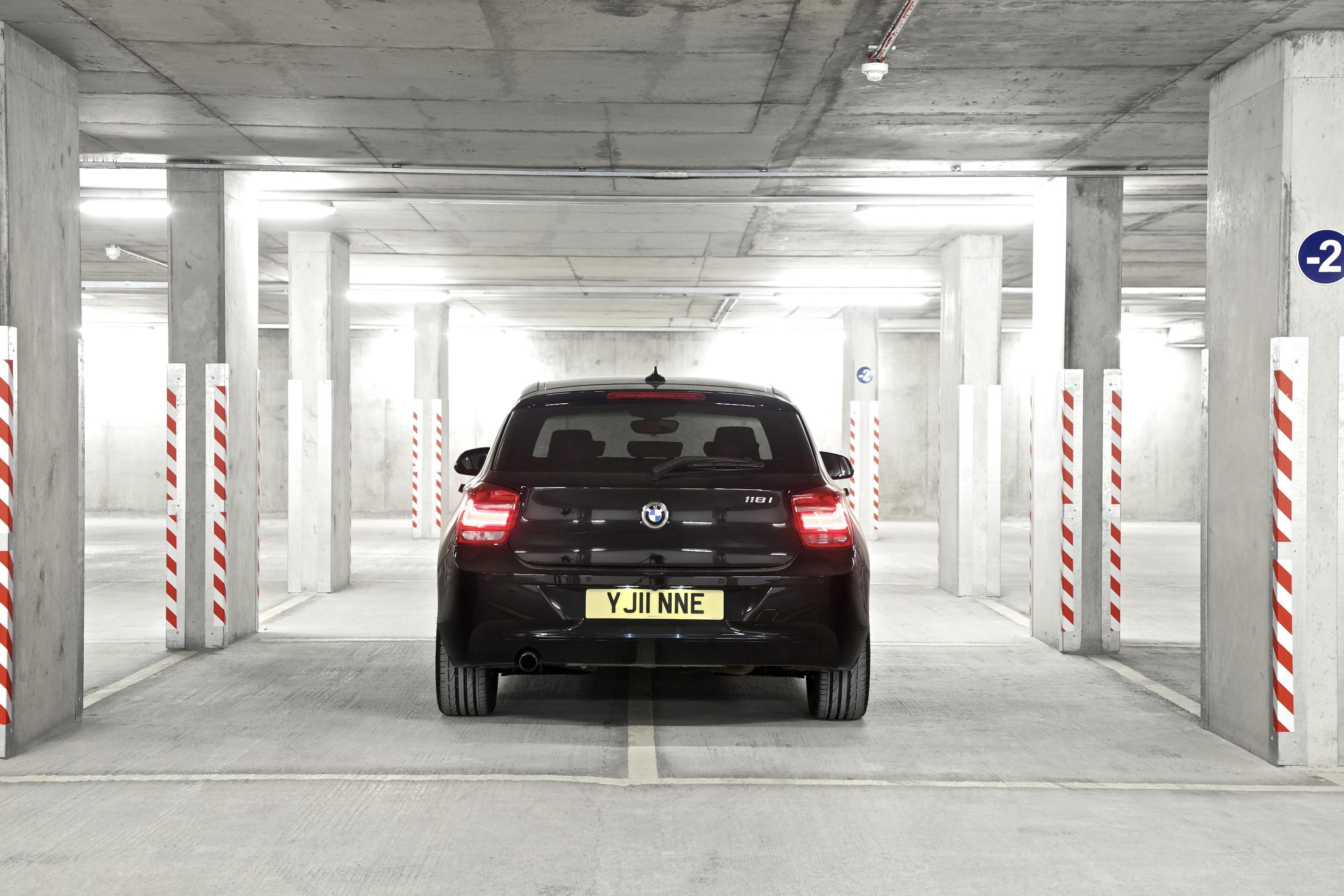BMW 1 Series (2011) 5