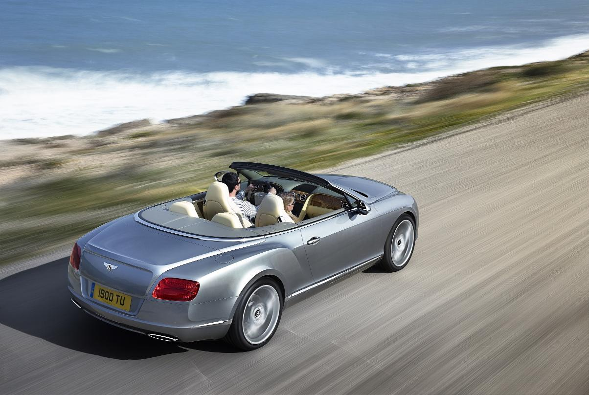 Bentley Continental GTC 2011 1