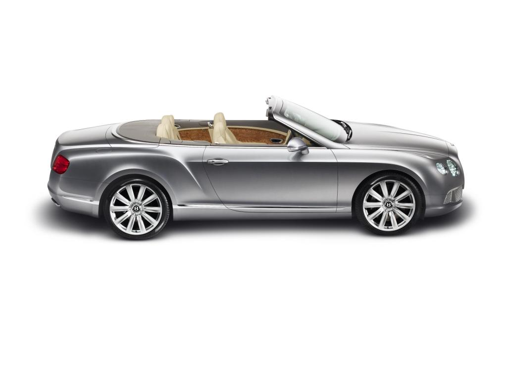 Bentley Continental GTC 2011 4