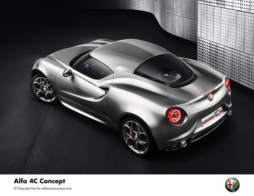 Alfa Romeo 4C Concept (3)