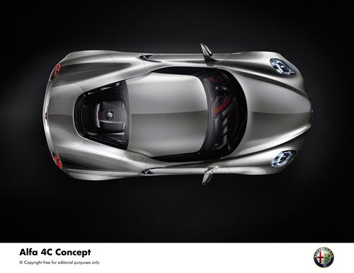 Alfa Romeo 4C Concept (4)