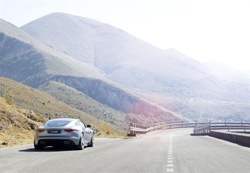 Jaguar C-X16 - More Pictures (2011 Frankfurt Concept) 8