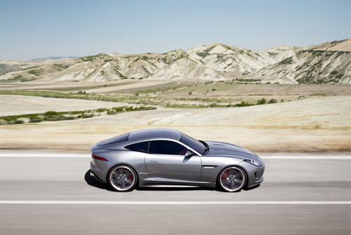 Jaguar C-X16 - More Pictures (2011 Frankfurt Concept)