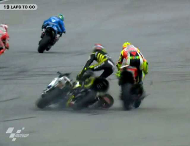 Marco Simoncelli Crash MotoGP Malaysia 2011 3