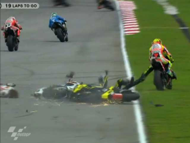 Marco Simoncelli Crash MotoGP Malaysia 2011 4