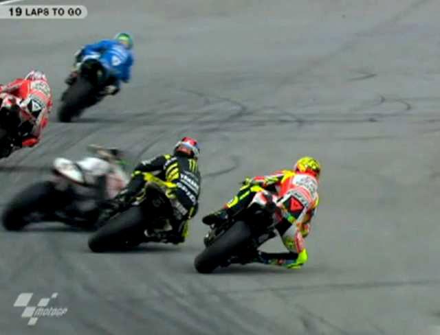 Marco Simoncelli Crash MotoGP Malaysia 2011