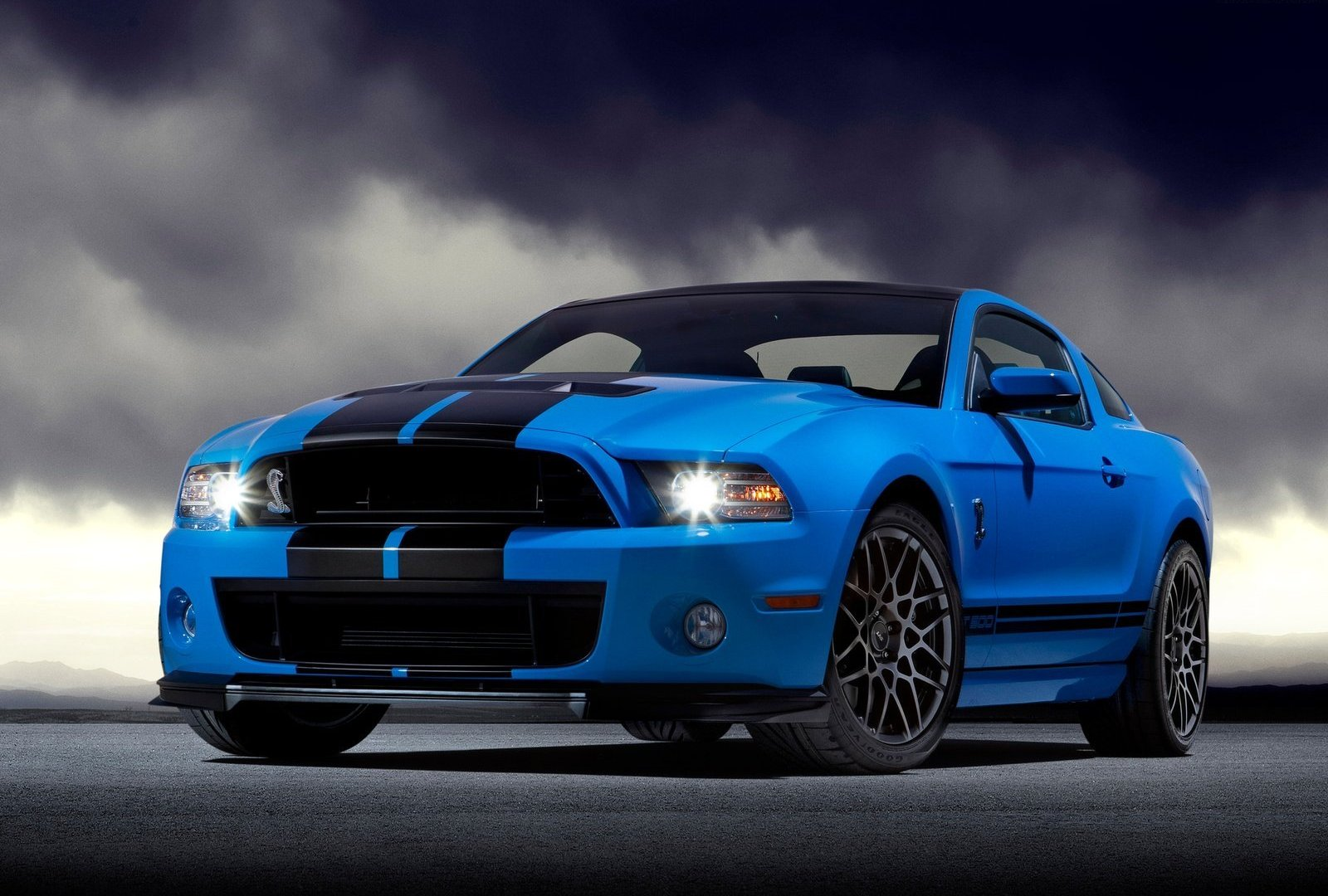 Ford Mustang GT500 2013