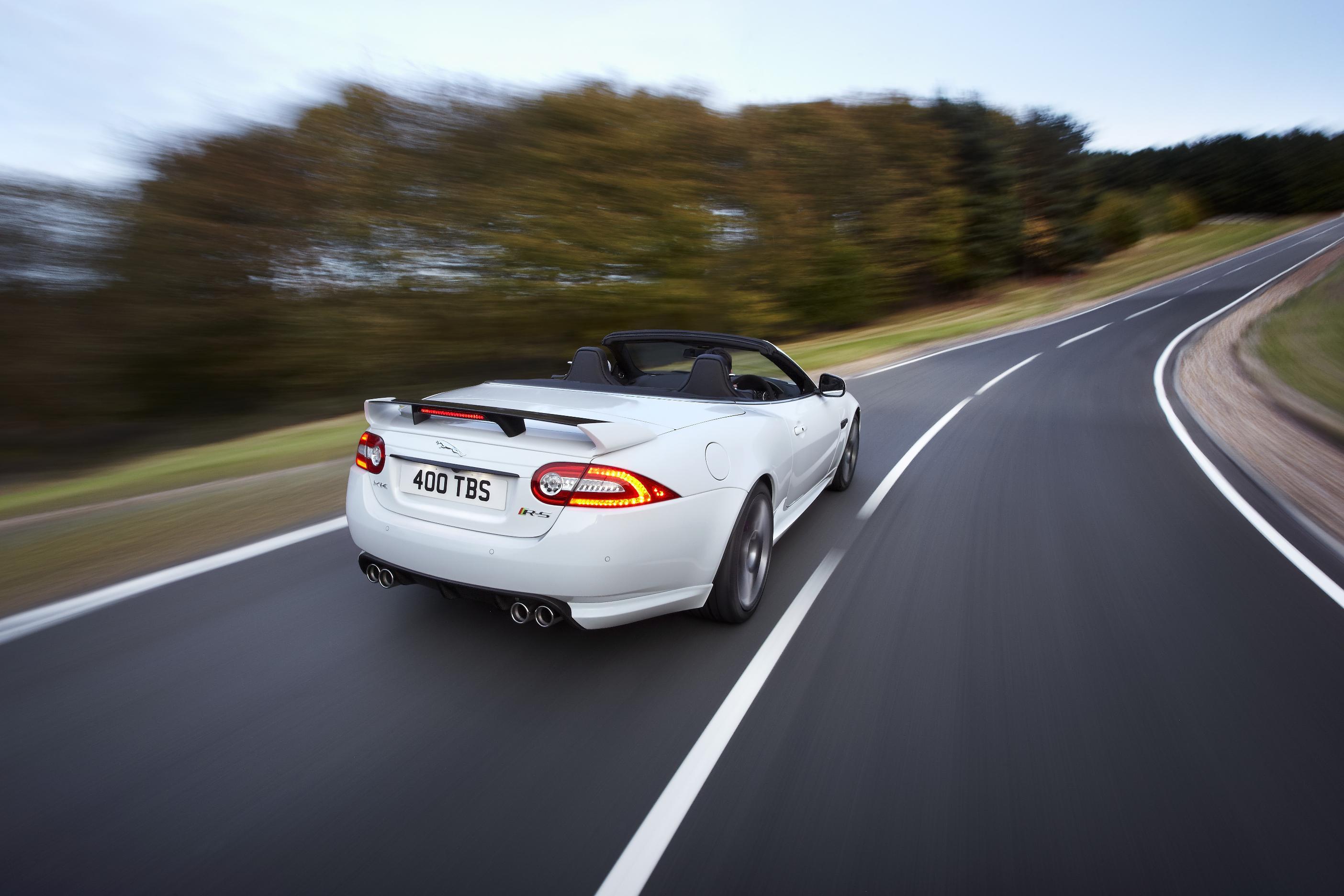 Jaguar XKR-S Convertible 12