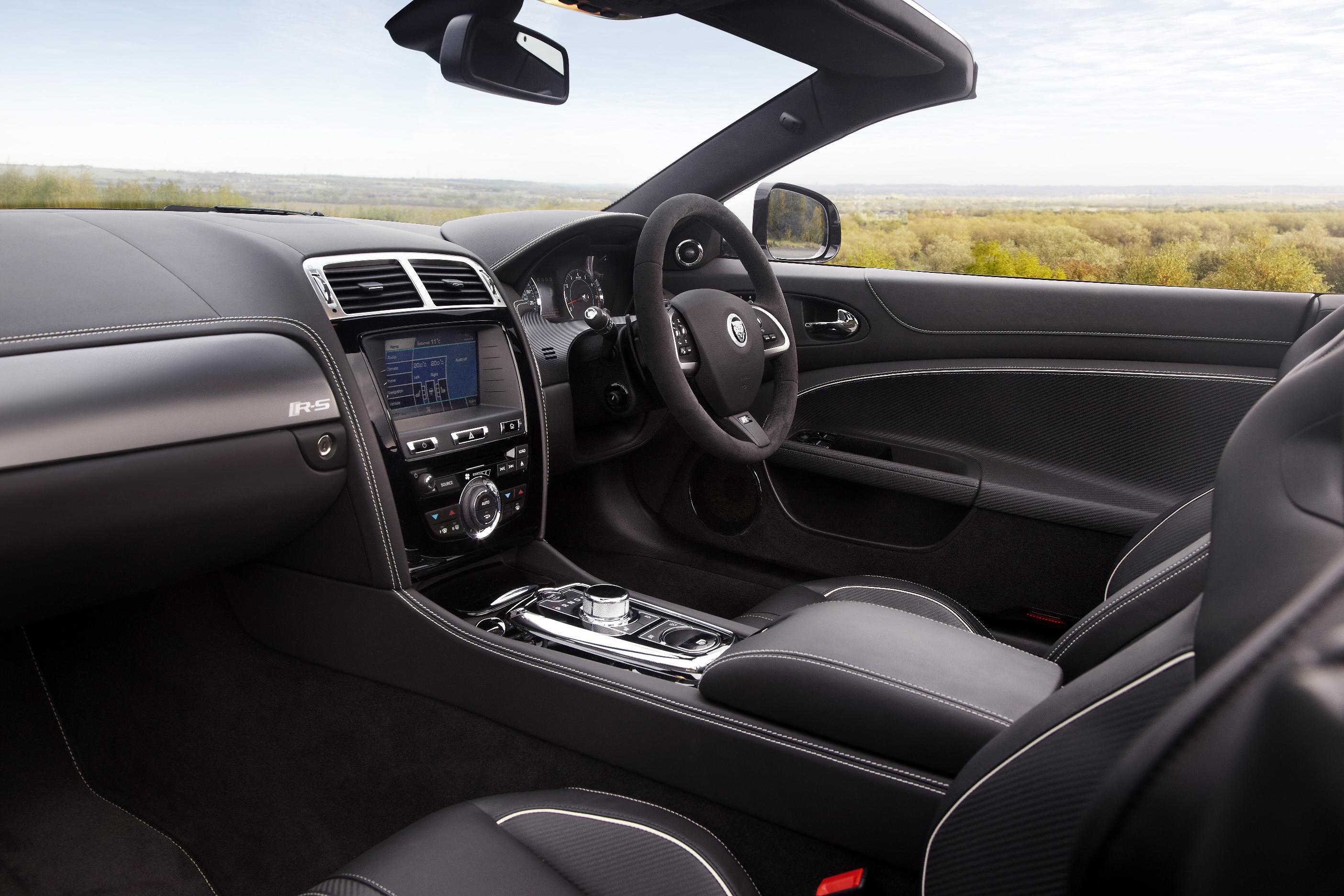 Jaguar XKR-S Convertible 5