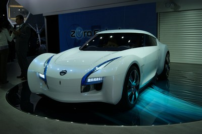 Nissan ESFLOW Concept Tokyo 2011 (2)