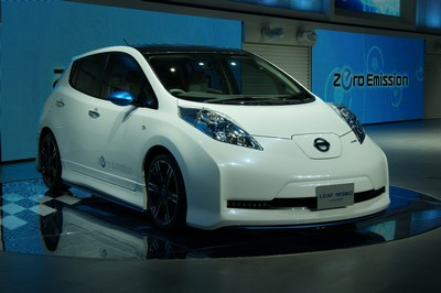 Nissan LEAF Nismo Concept Tokyo 2011 (2)
