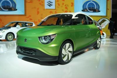 Suzuki Regina Concept Tokyo 2011 (2)