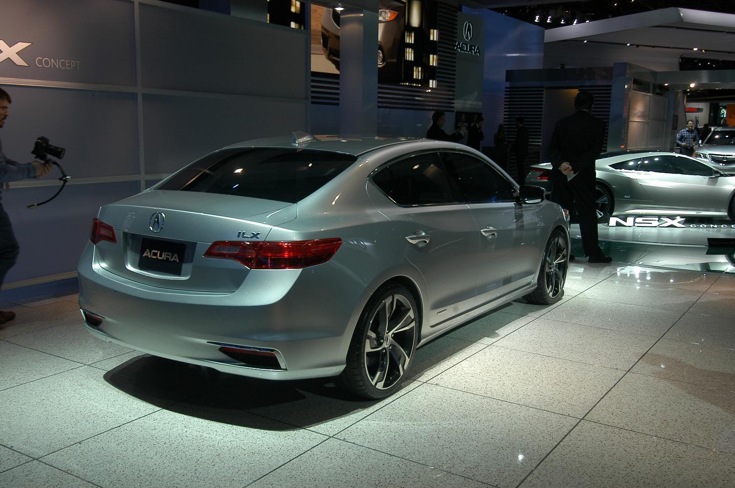 Acura ILX 4