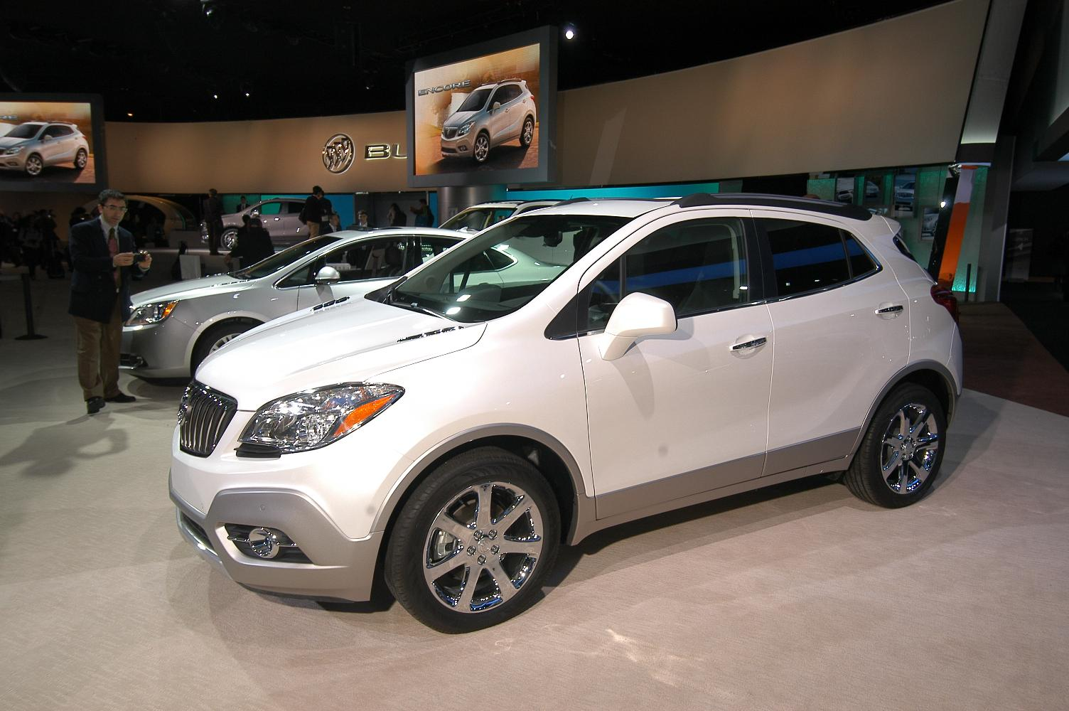 Buick Encore NAIAS 2012 2
