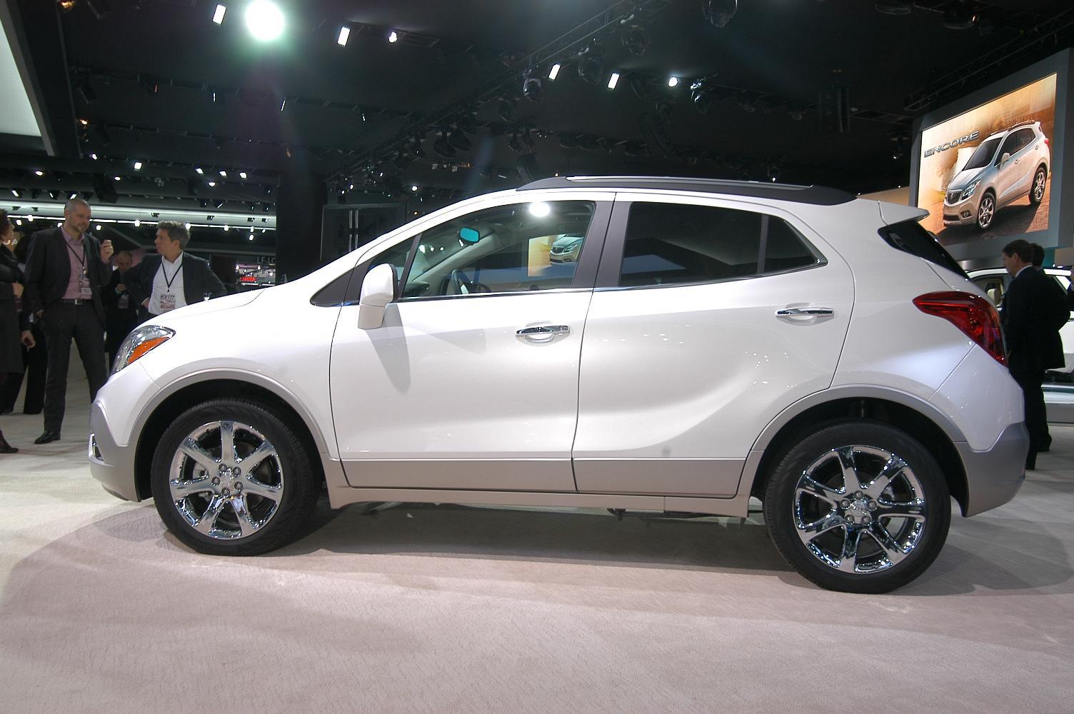 Buick Encore NAIAS 2012 4