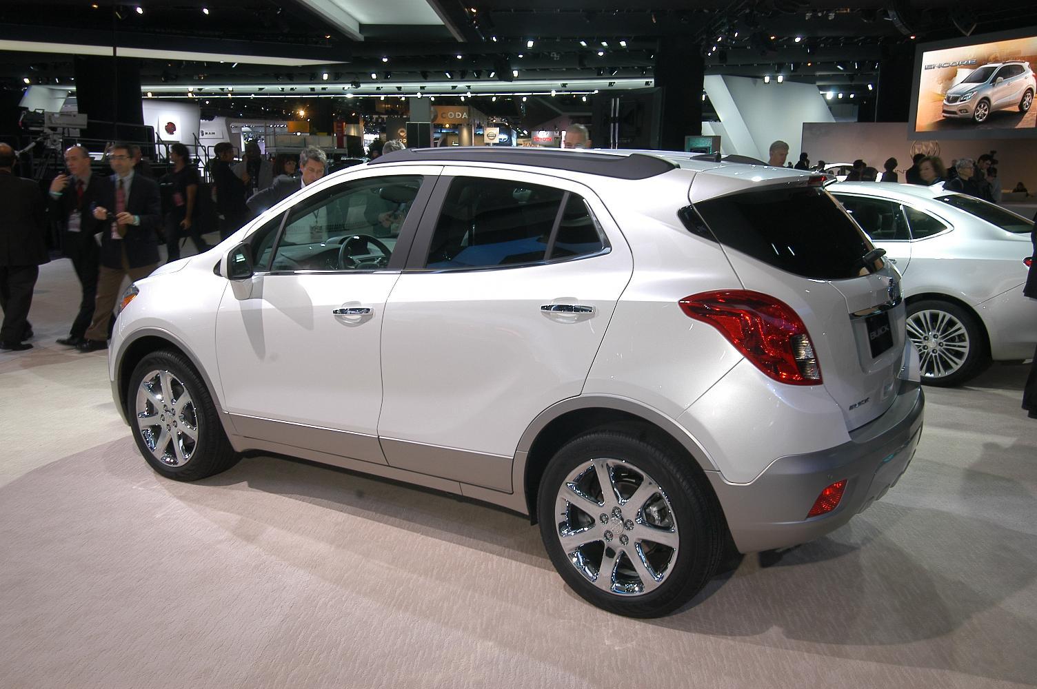 Buick Encore NAIAS 2012 5