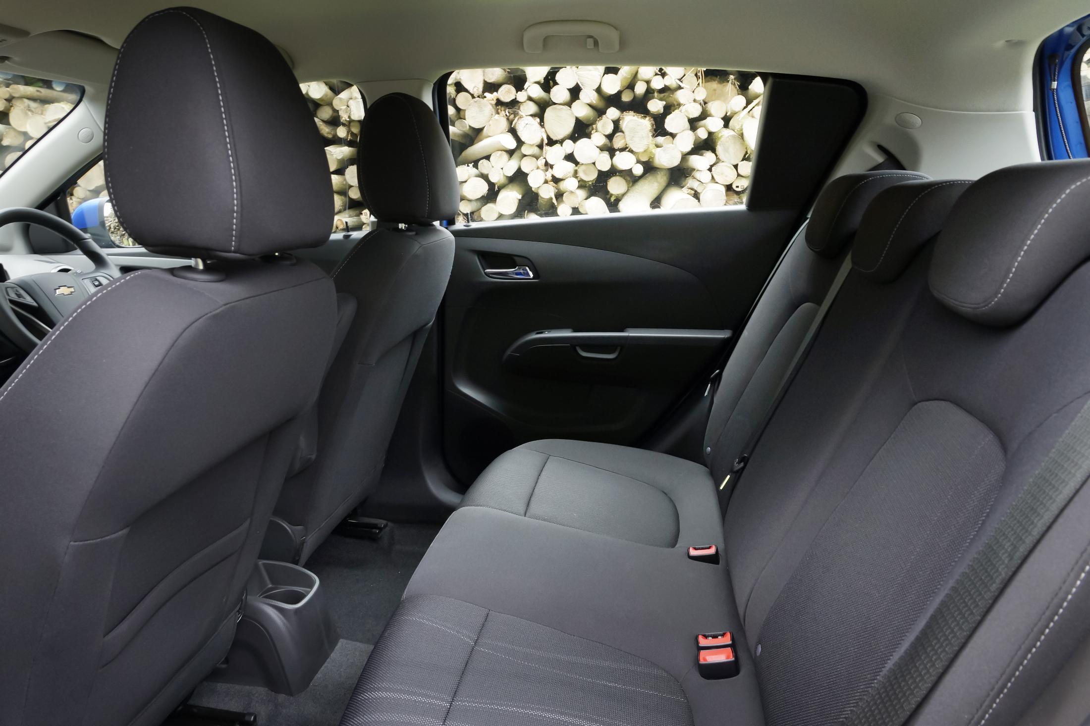 Chevrolet Aveo (17)