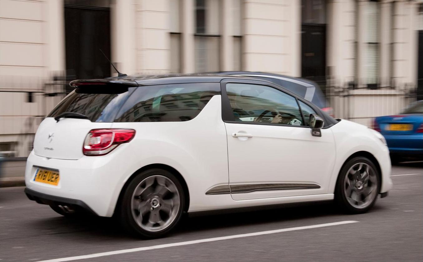 Citroen DS3 Ultra Prestige 7