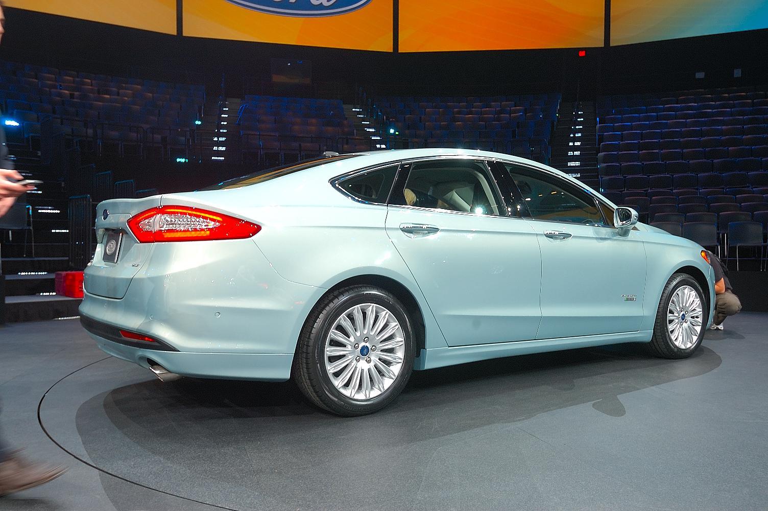 Ford Fusion NAIAS 2012 4