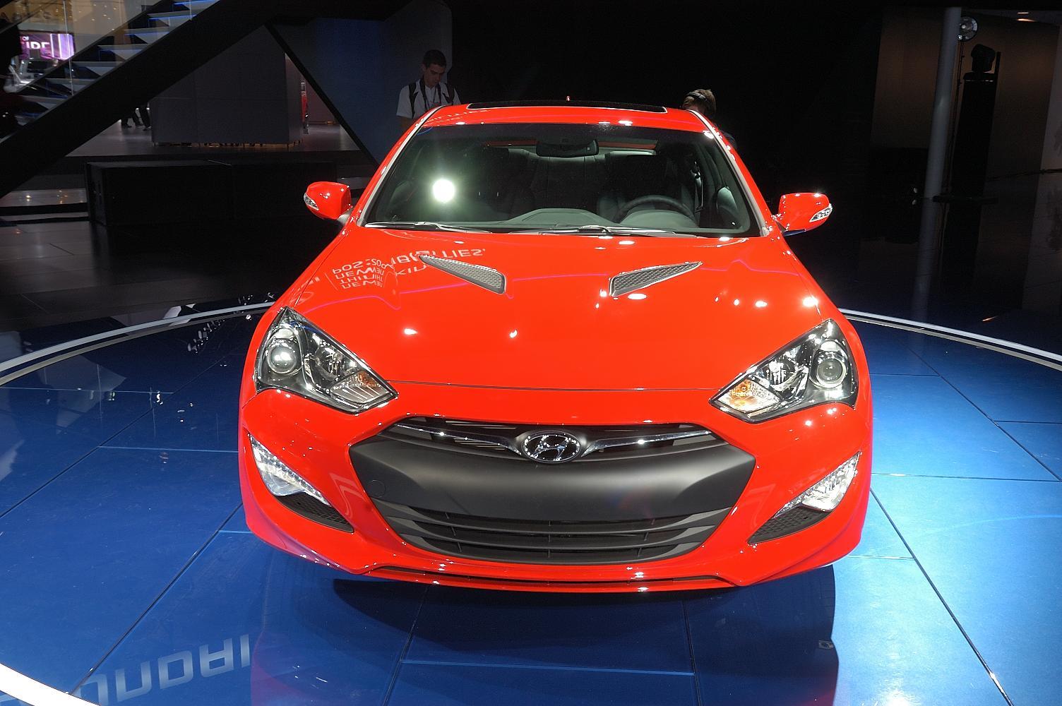 Hyundai Genesis NAIAS 2012 4