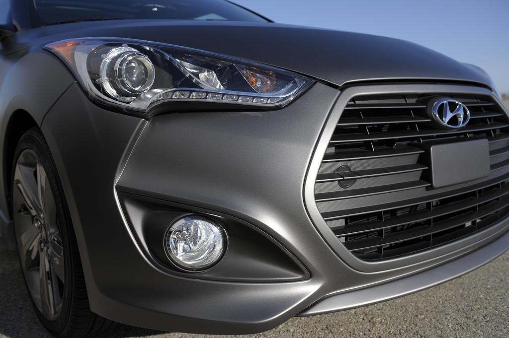 Hyundai Veloster Turbo 10