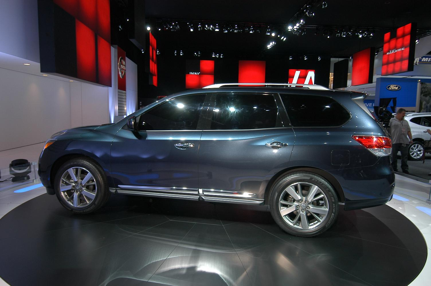 Nissan Pathfinder NAIAS 2012 2