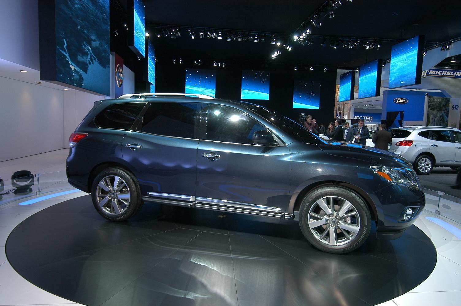 Nissan Pathfinder NAIAS 2012 7