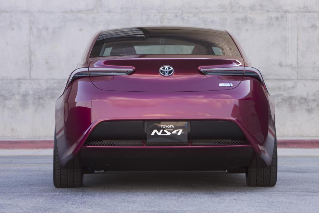 Toyota NS4 Concept 2