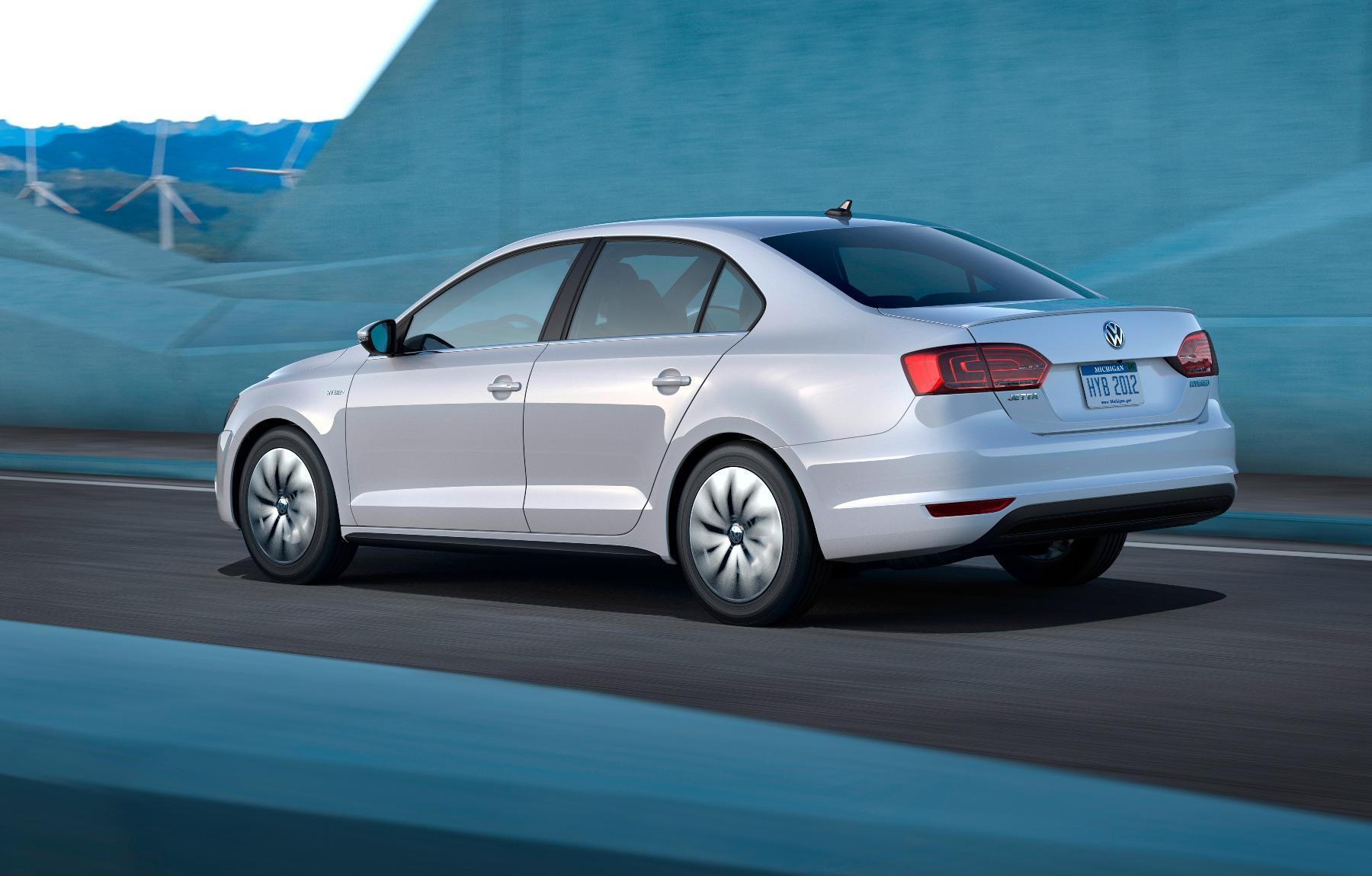 VW Jetta Hybrid 3
