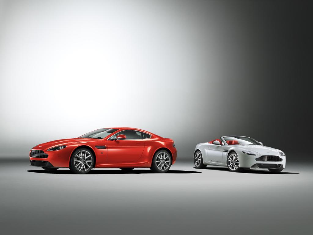 Aston Martin V8 Vantage Coupé and Roadster