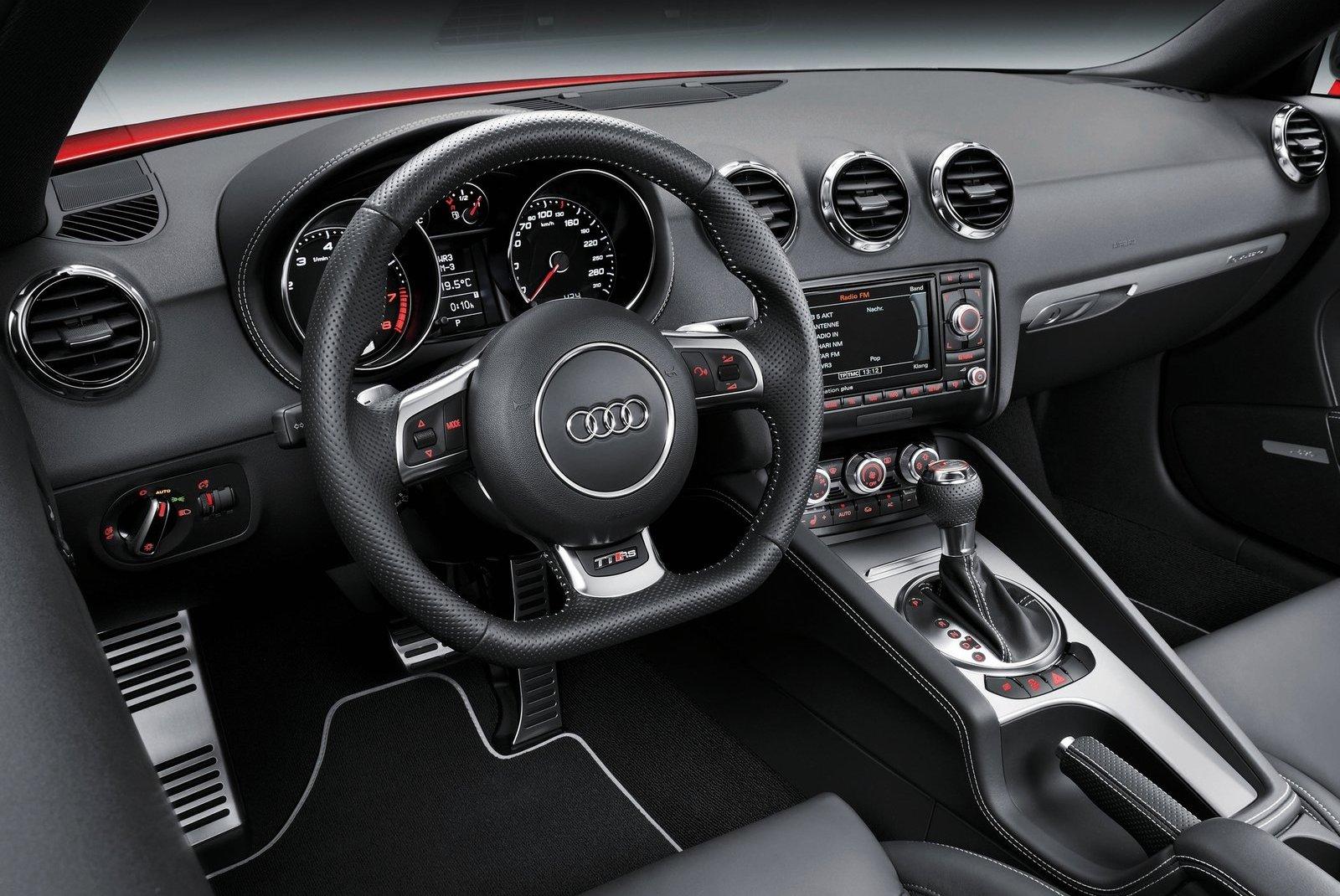 Audi TT RS Plus 13