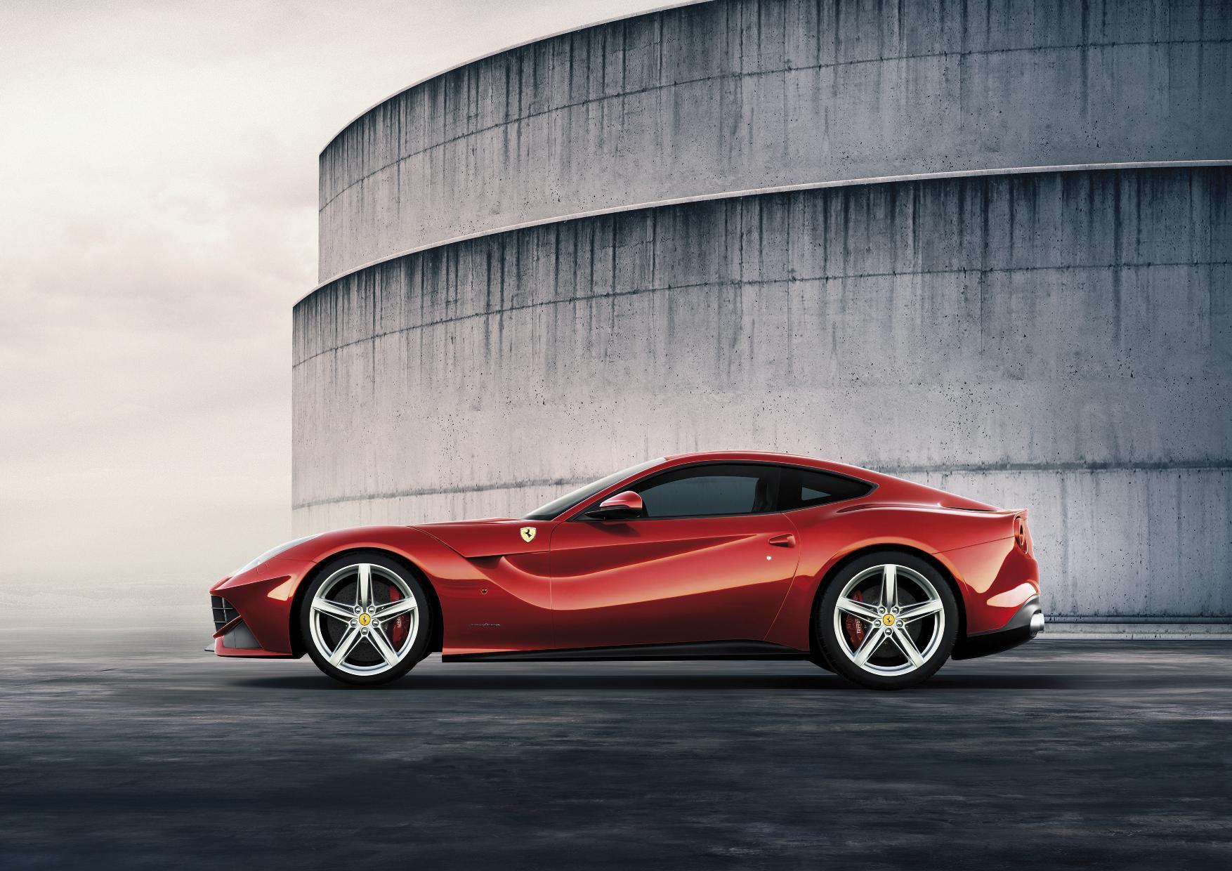 Ferrari F12 Berlinetta Side