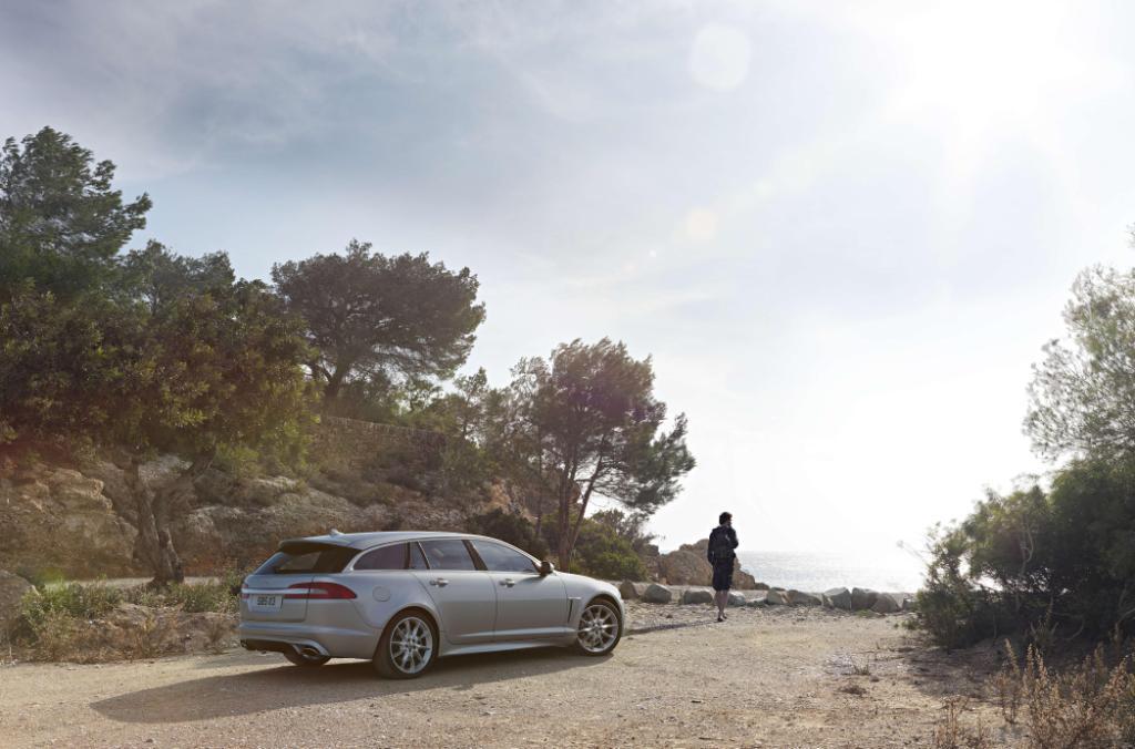 Jaguar XF Sportbrake Rear