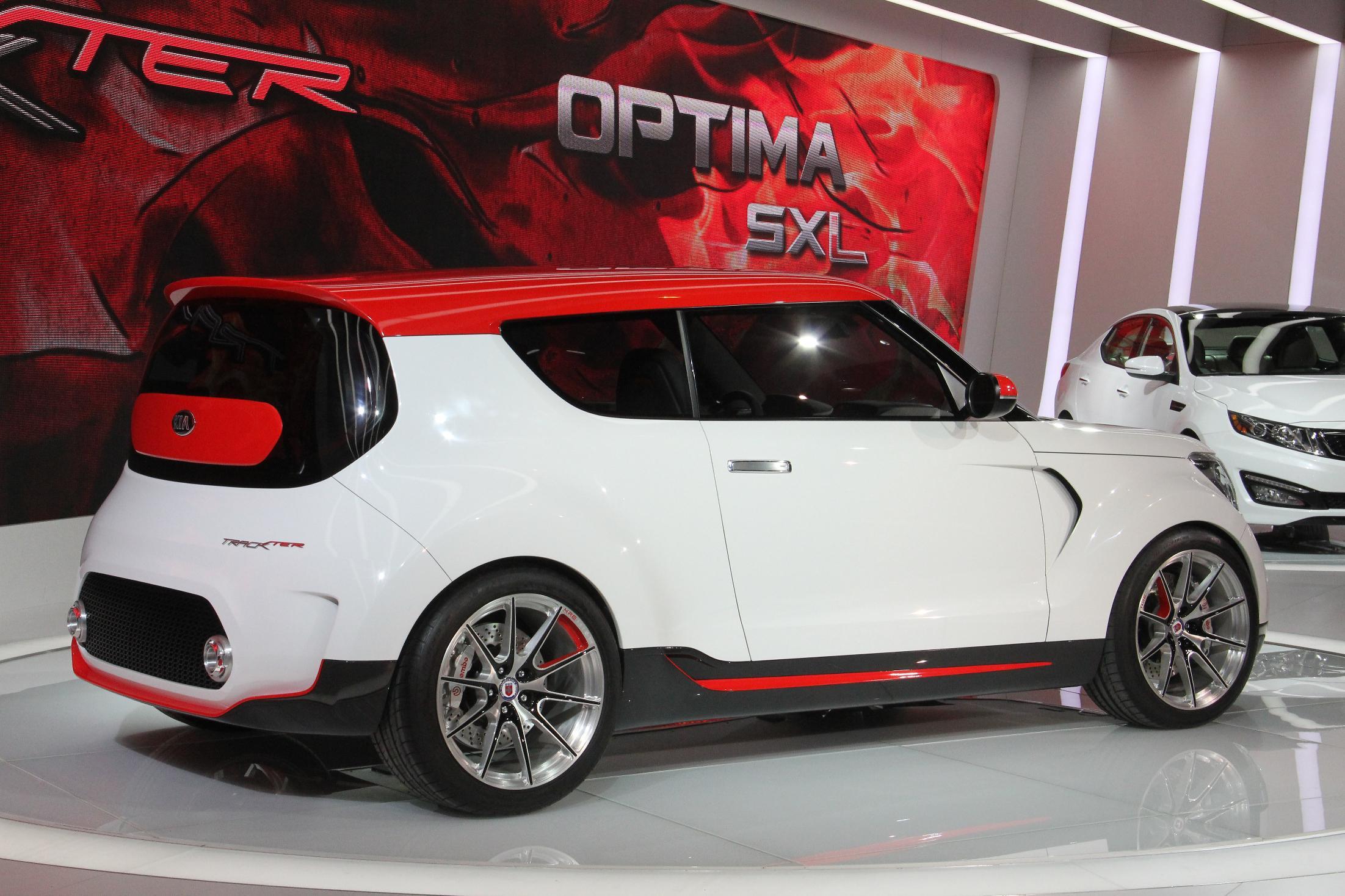 Kia Track'ster Chicago Auto Show 2012 2