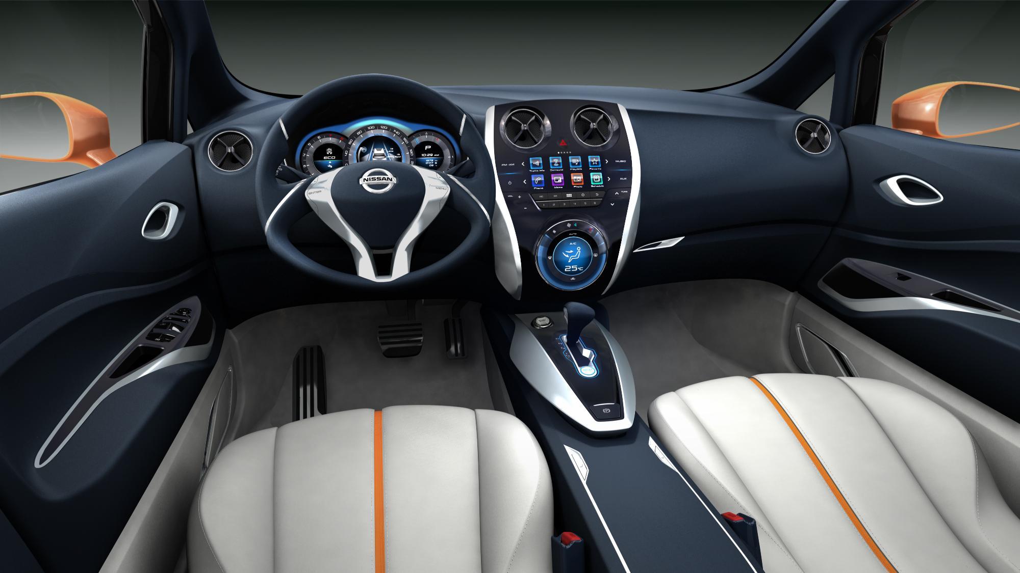 Nissan Invitation 6
