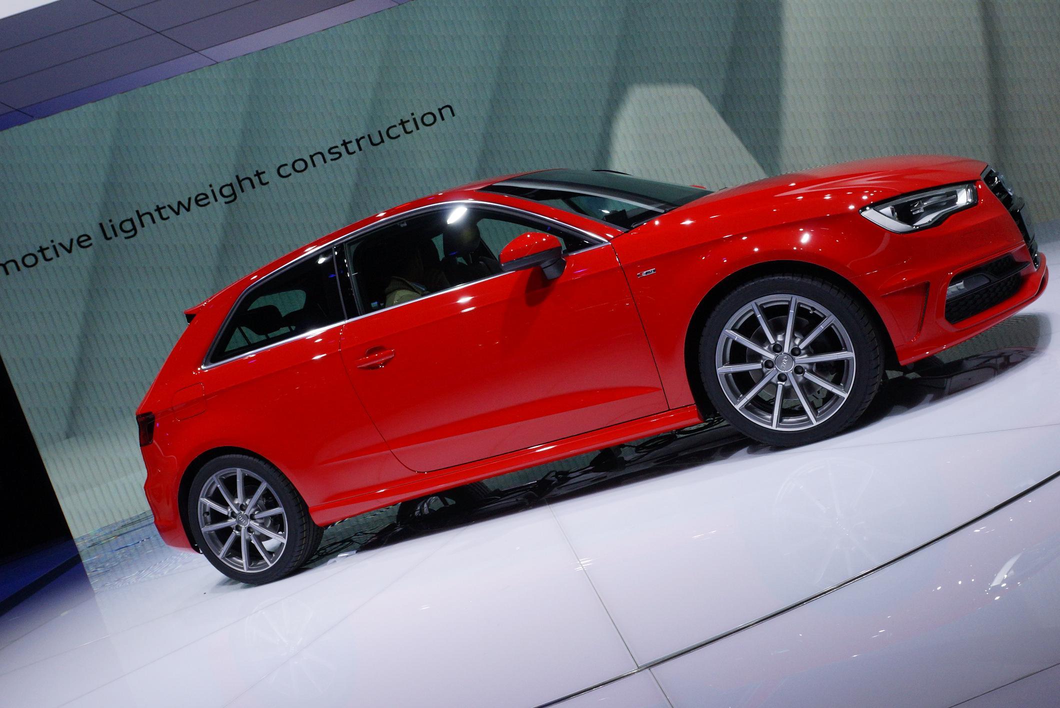 Audi A3 Geneva 2012 Side 2