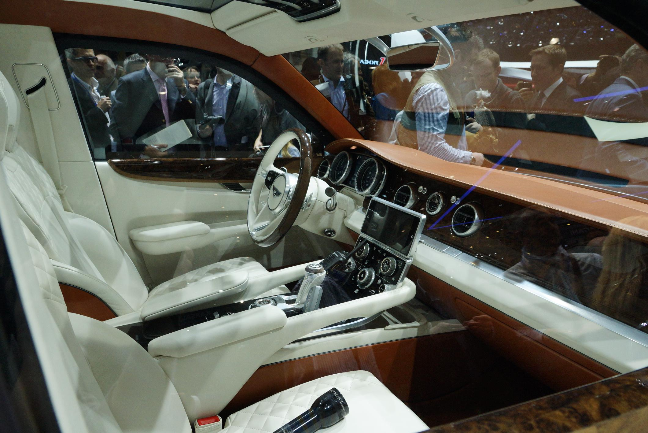 Bentley EXP 9 F Geneva 2012 Interior
