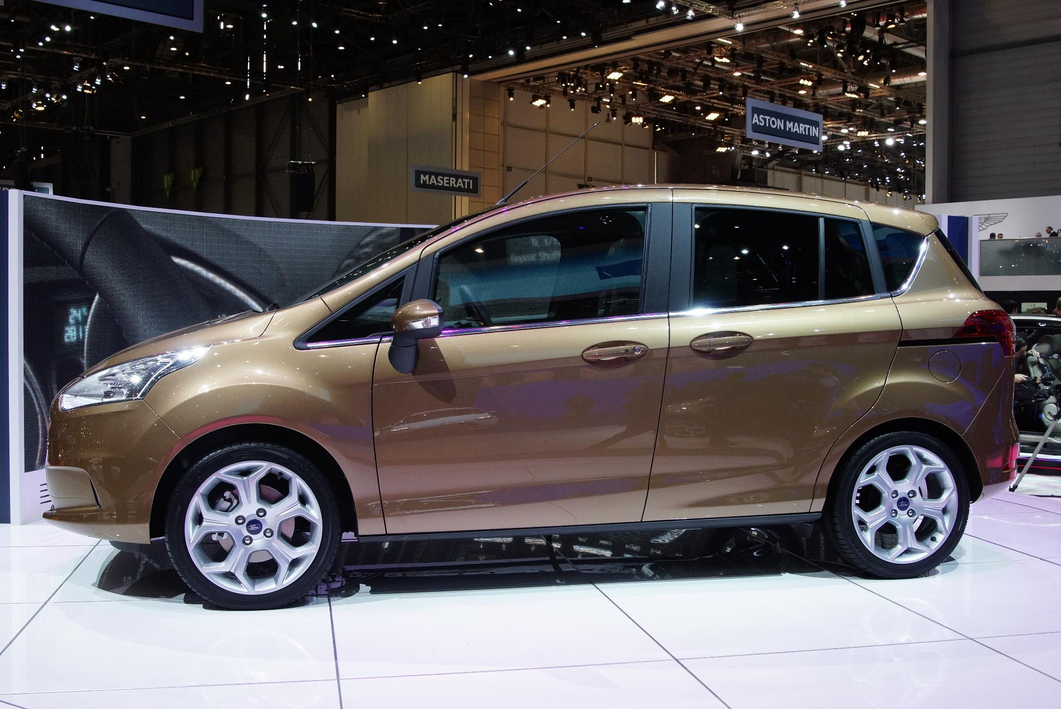 Ford B-Max Geneva 2012 Side