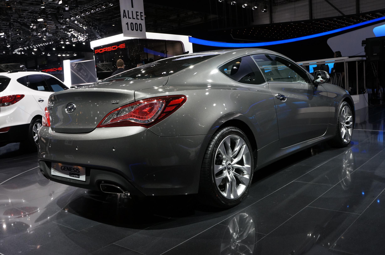 Hyundai Genesis Geneva 2012 Rear